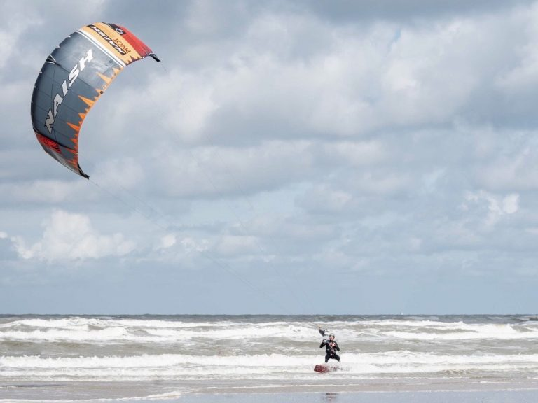 Kitesurfles in Zandvoort Moana Kitesurfschool
