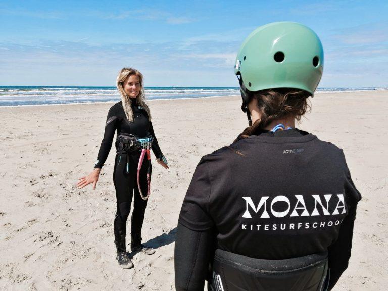 kitesurfles Zandvoort van Michelle Moana Kitesurfschool